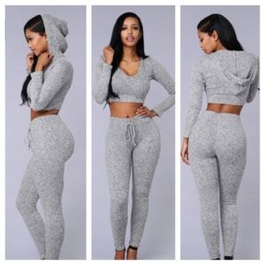 WANDERLUST GREY HOODIE/LEGGINGS 2pcs set NWOT